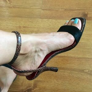 Couture Donald J. Pliner heels made in italy